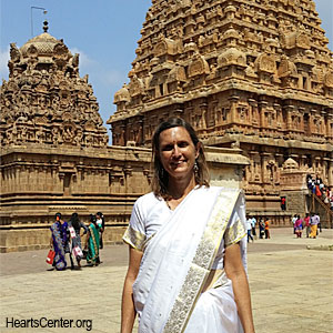 Jackie Goes to India in 2017 to Study Vastu Architecture (VIDEO)